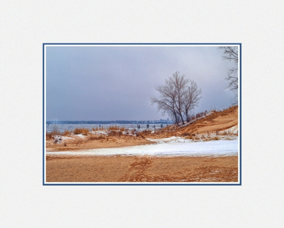 muskegon-lake-winter-di.jpg